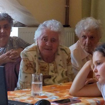 Nem hagyják magukra az idős embereket