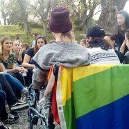 Érzékenyít a pécsi LMBTQ közösség