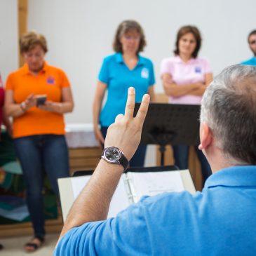 Hangszerekhez jutott a gospel kórus